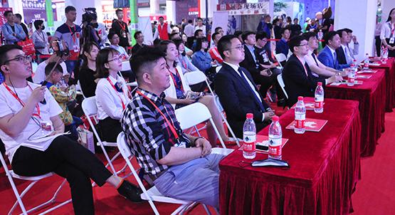 第十届中国加盟展路演活动区现场